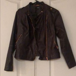 Faux leather brown motorcycle jacket 🔥🔥